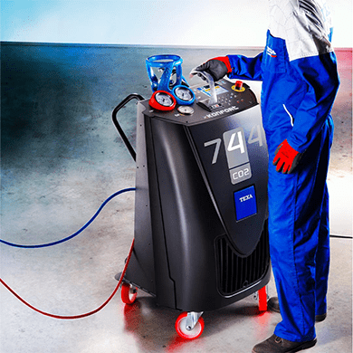 Bombola R-744 Air Liquide su stazione A/C Texa Refrigerante